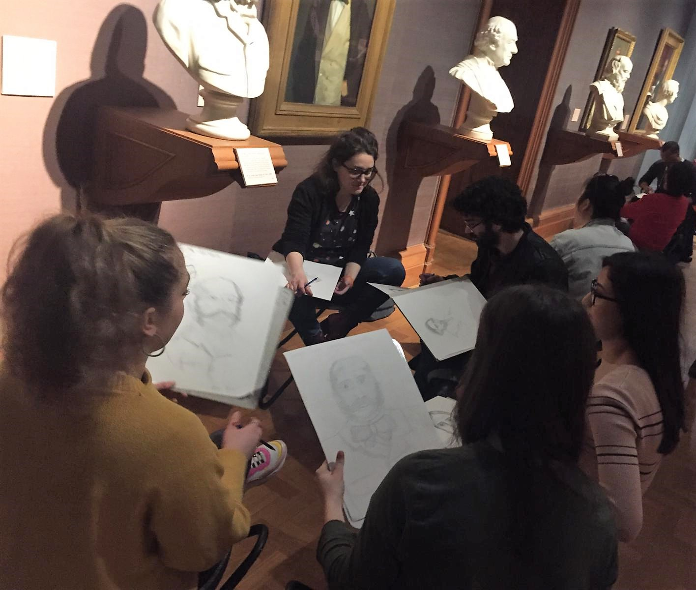 INGLA GETS ARTISTIC AT THE NATIONAL PORTRAIT GALLERY